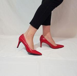 Woman's pumps